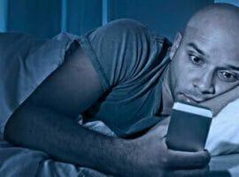 View-Boyfriend's-Text-Messages